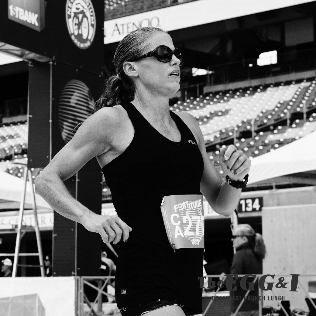 Running in Colorado 10k Fortitude hot crossfit chick