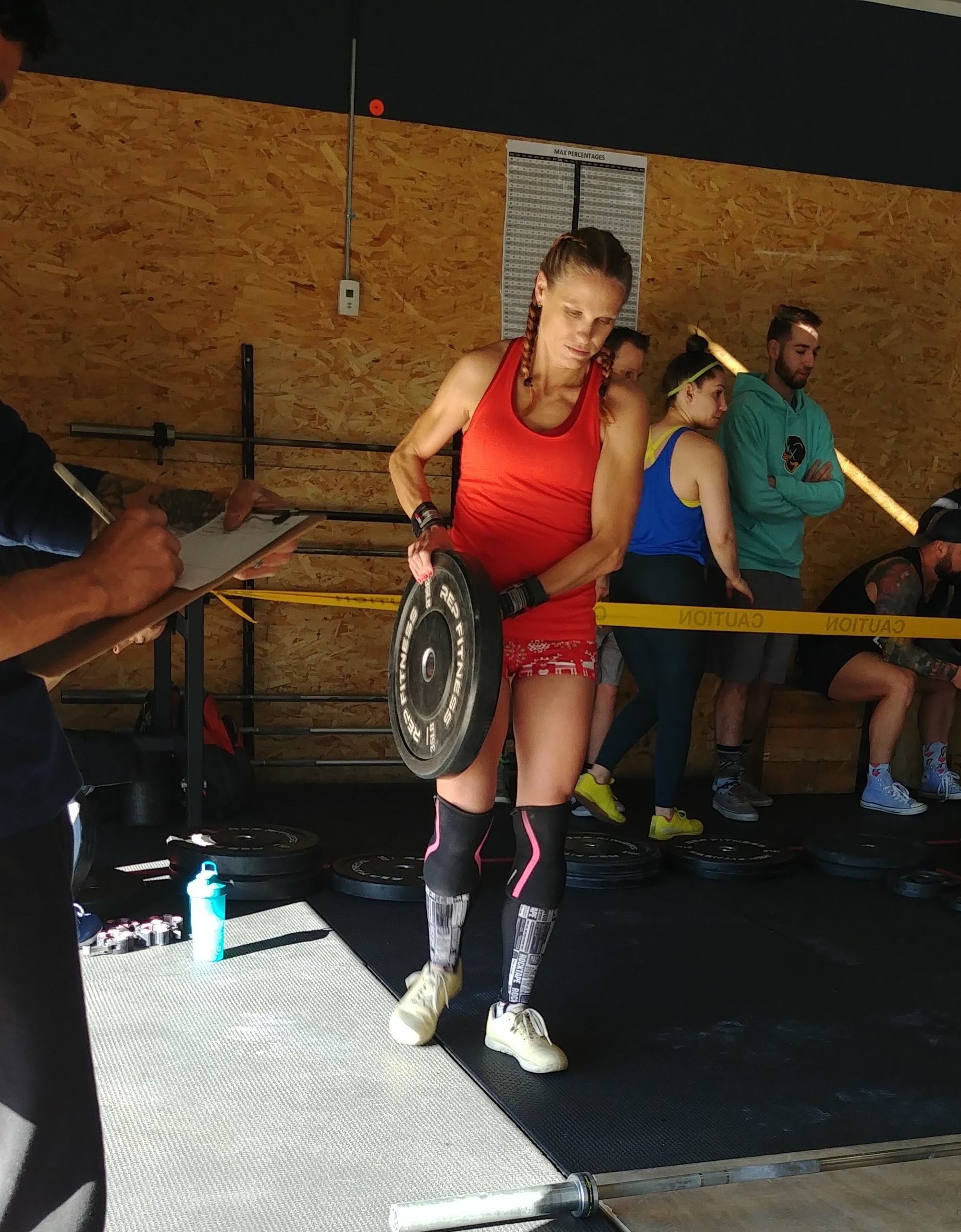 crossfit body at crossfit competition in colorado crossfitmomm.com