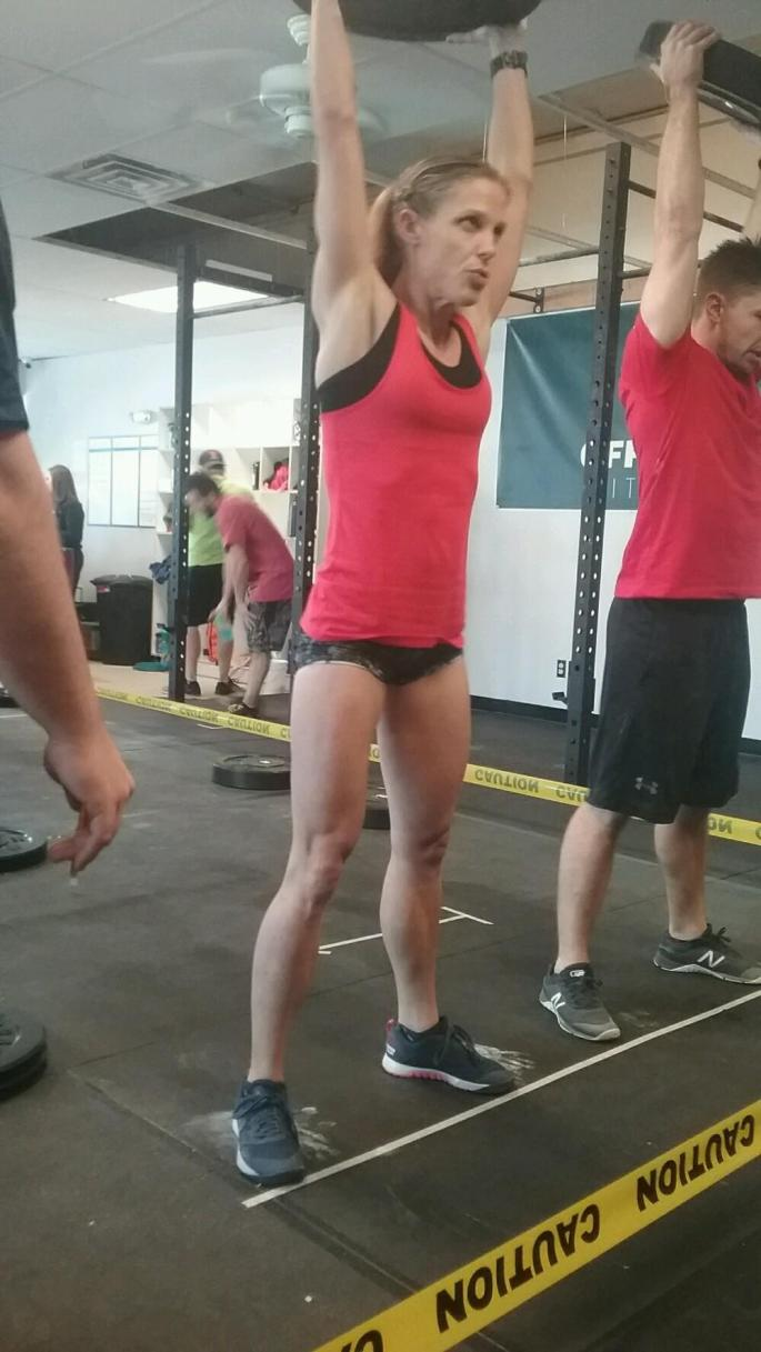 CrossFit Competition plate thrusters crossfitmomm.com